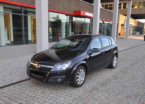 Autopujcovna Brno Opel Astra