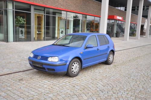 Autopujcovna Brno VW Golf