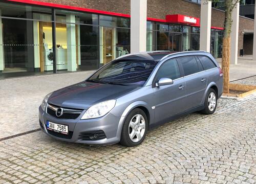 Rent car Brno vectra