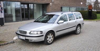 Autopůjčovna Brno Volvo V70 2.5 TDI